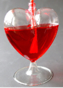heart shaped wine glass